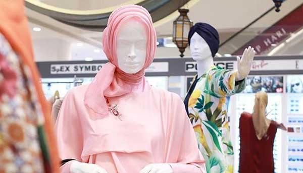 Rayakan Hari Hijab Sedunia