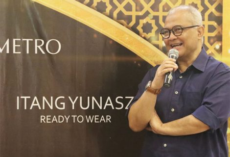 Fashion Show by Itang Yunasz
