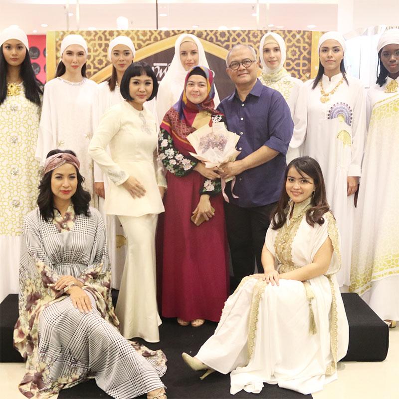 Fashion Show by Itang Yunasz